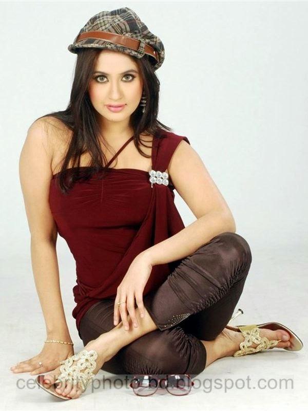 Top+Best+Stylish+Photos+Of+Sabrina+Sultana+Keya's+Hot+Model+and+Actress004