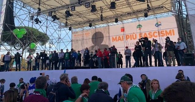 "A Roma al via ""Mai più fascismi"", Landini ""La piazza è di tutti"""
