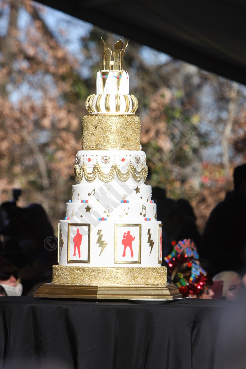 Fans Had An Opportunity To Enjoy Birthday Cake Fit For A King Click On Photos View Larger Graceland Mansion