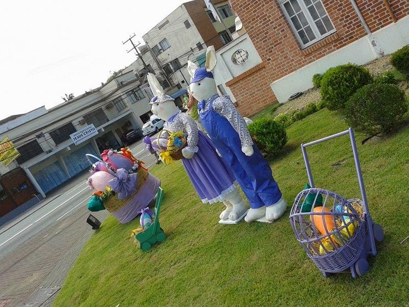 A Casa do Comércio já está com a decoraç u00e3o de Páscoa ~ O Blumenauense -> Decoração De Pascoa Jardim