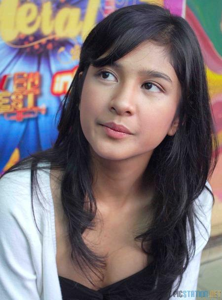 Foto Mikha Tambayong