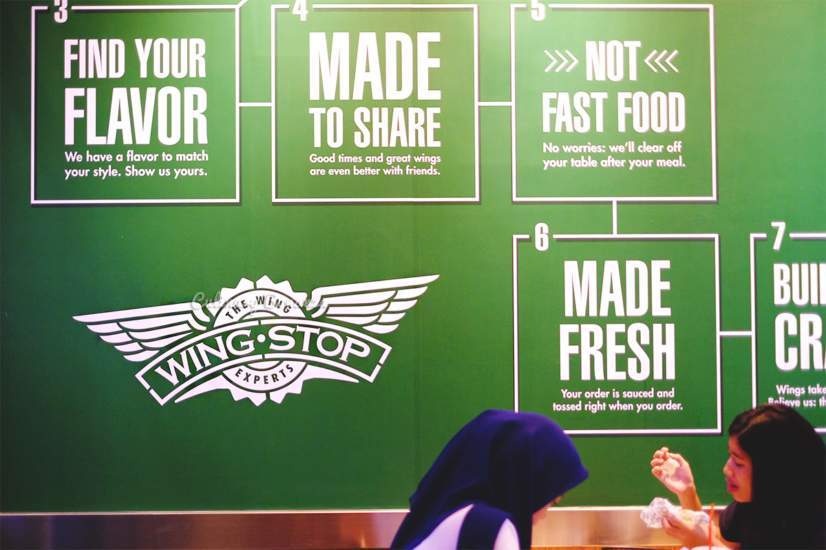 Wingstop chicken wings (www.culinarybonanza.com)