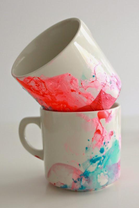 Simple and quick DIY Paint Mugs using nail polish, water and mugs!