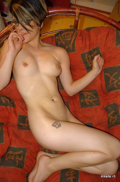 Hot Teen Nude Pose
