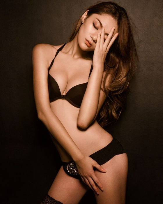 Wang Xi Ran Sexy Model