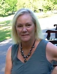 Hilary Boyd - Autora