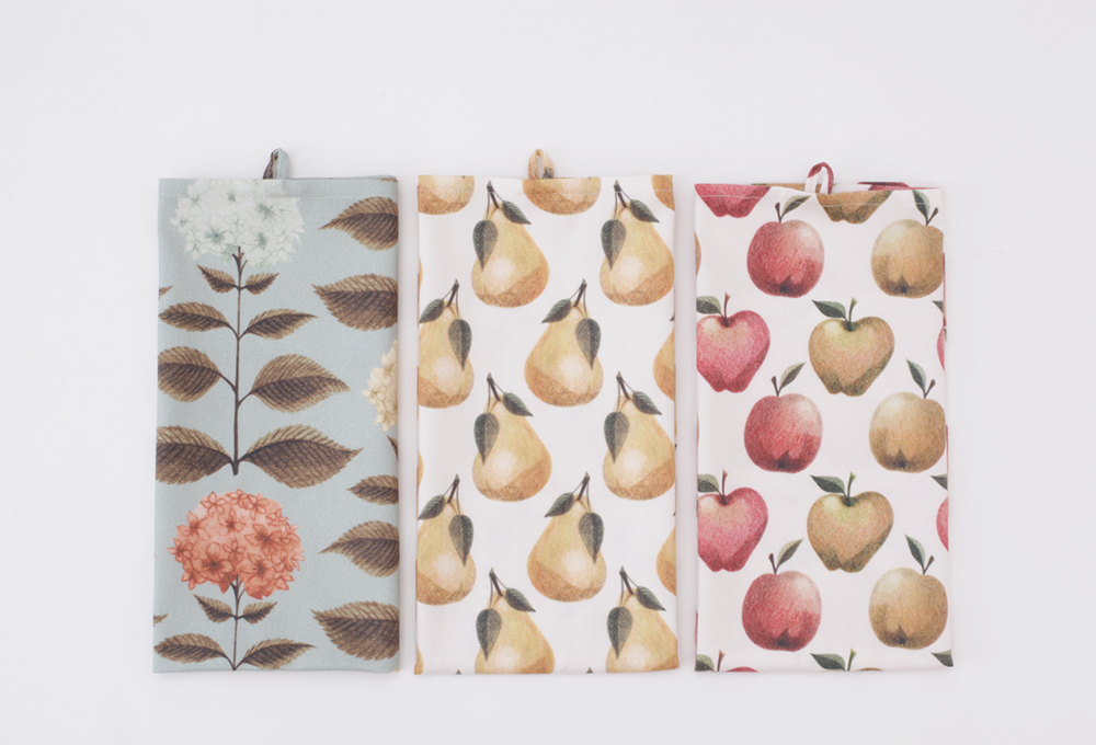 http://www.nadinoo.com/product/set-of-3-tea-towels?ref=category-homeware