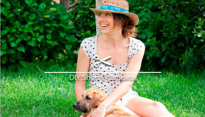 Camiseta y pantalón reciclados, tarde en el jardín con mi perro, gorro de paja, camiseta de lunares, pantalones cortos blancos
