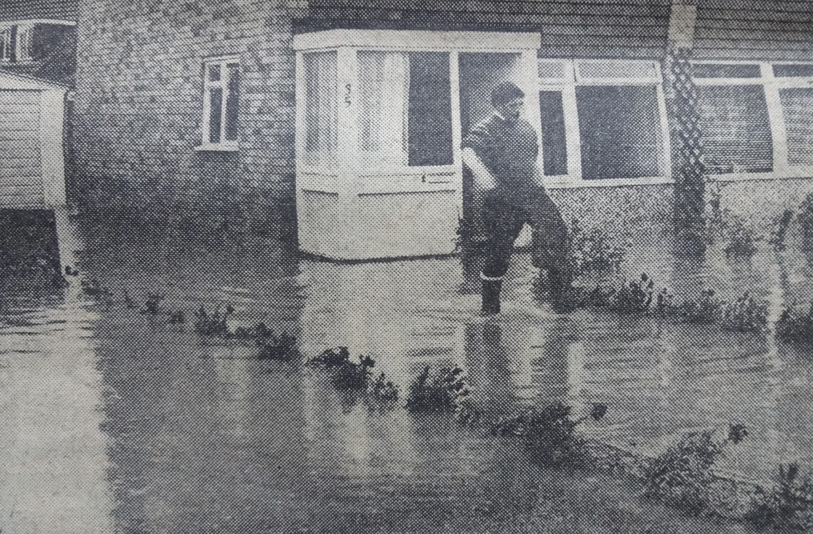 Tonbridge Daily Tonbridge Flood In 1968