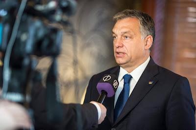 migráció, Angela Merkel, Orbán Viktor, Európai Unió, Die Weltwoche, sajtószemle,