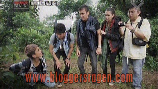 Pemain Kembalikan Kalungku Bioskop Indonesia Trans TV