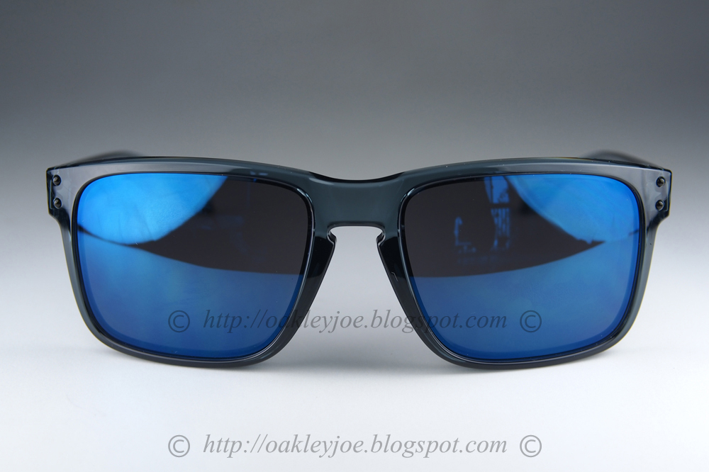 Oakley Holbrook Matte Black Ice Iridium