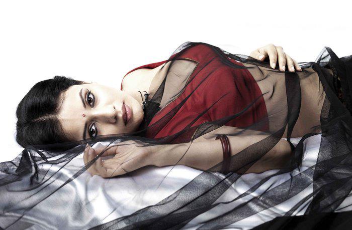 savithiri isai movie very hot images