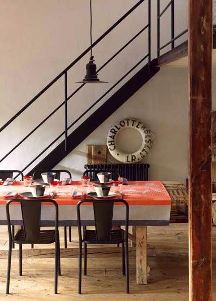 Tulips Orange Le Jacquard francais. Mantel, camino de mesa y servilletas