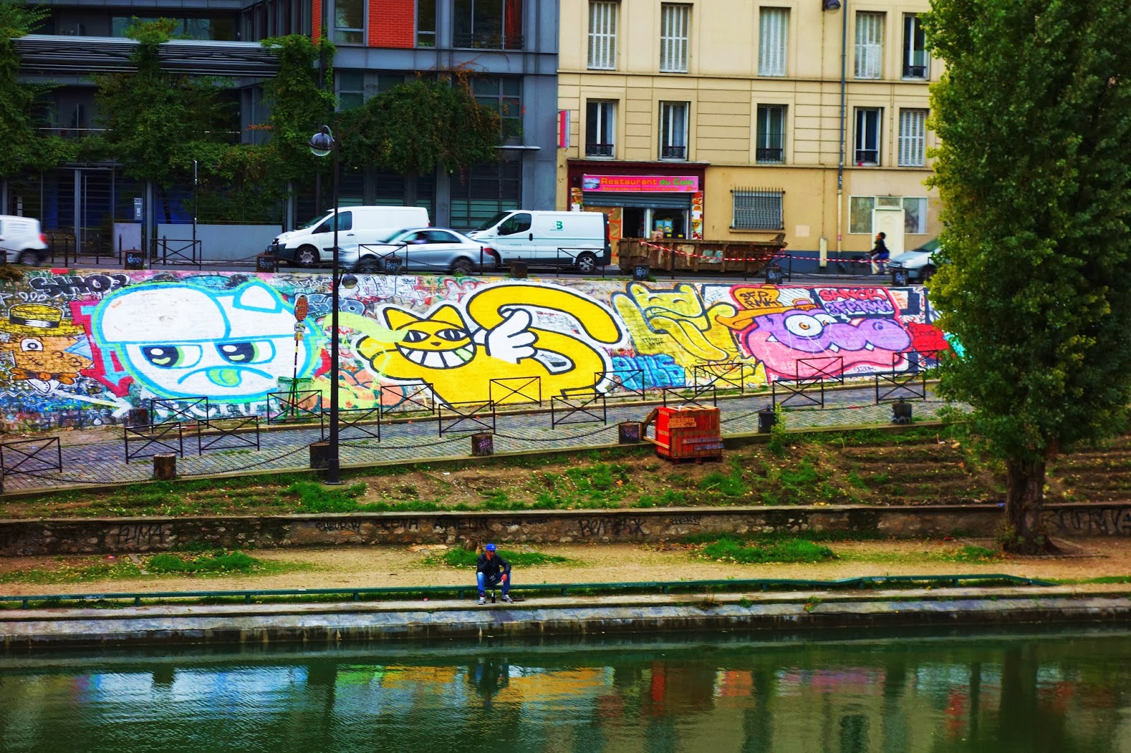 Sunday street art fresque commune quai de valmy jaur s paris 10 paris la douce - Restaurant quai de valmy ...