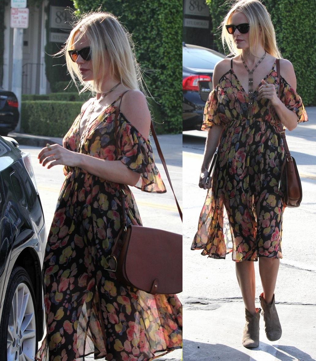 http://3.bp.blogspot.com/-JMS9lDmfXR0/T8tKb3lqj2I/AAAAAAAAKMU/B85QnOj3kGA/s1600/Kate+Bosworth+-+Street+Style.jpg