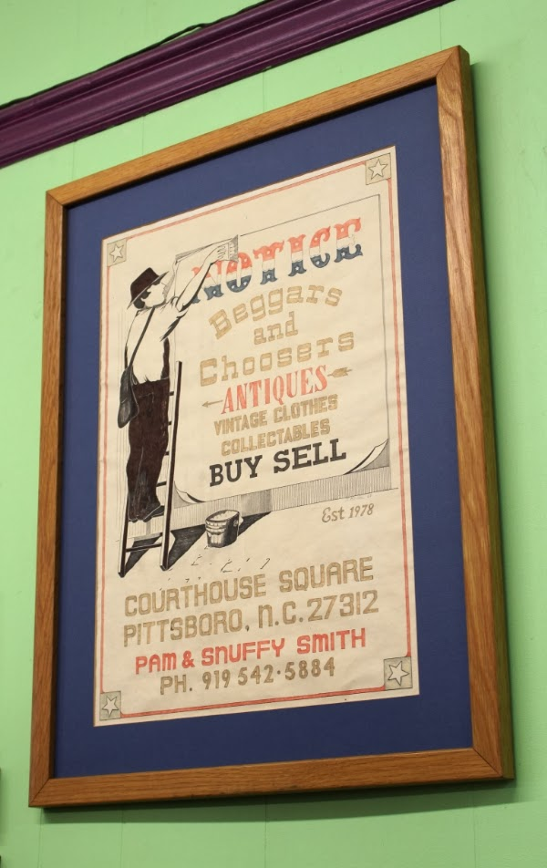 Great Vintage Style Signage! #vintage #shop
