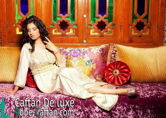 Caftan marocain beige orné exceptionnel