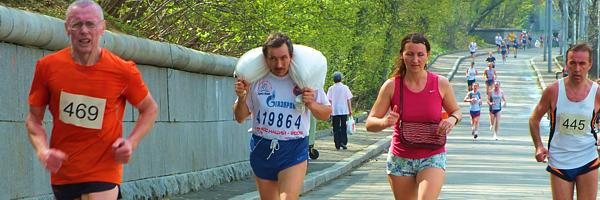 Марафон 'МИР' 2012 | фоторепортаж отставного марафонца