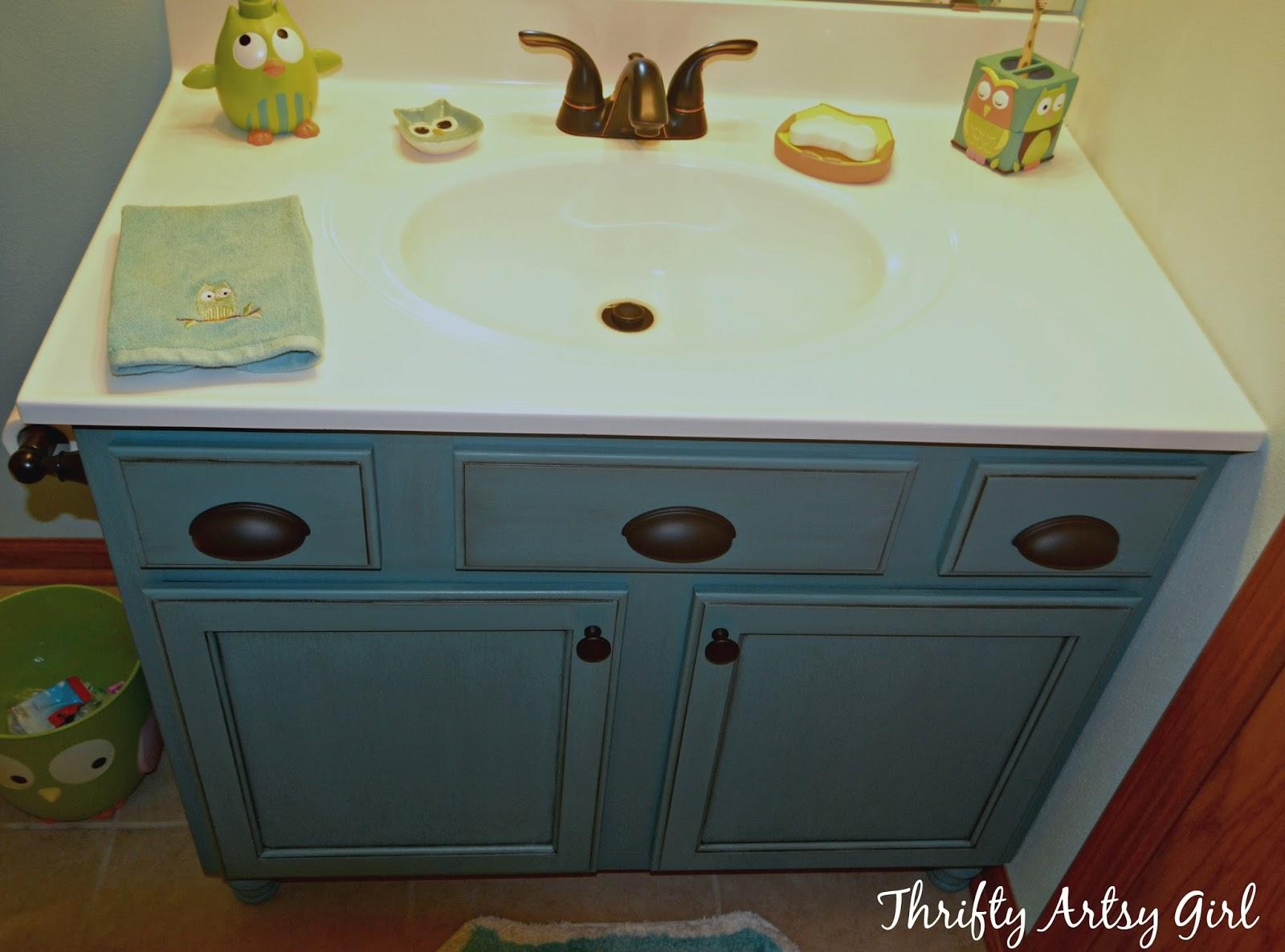 Thrifty artsy girl builders grade teal bathroom vanity for Vanity builder