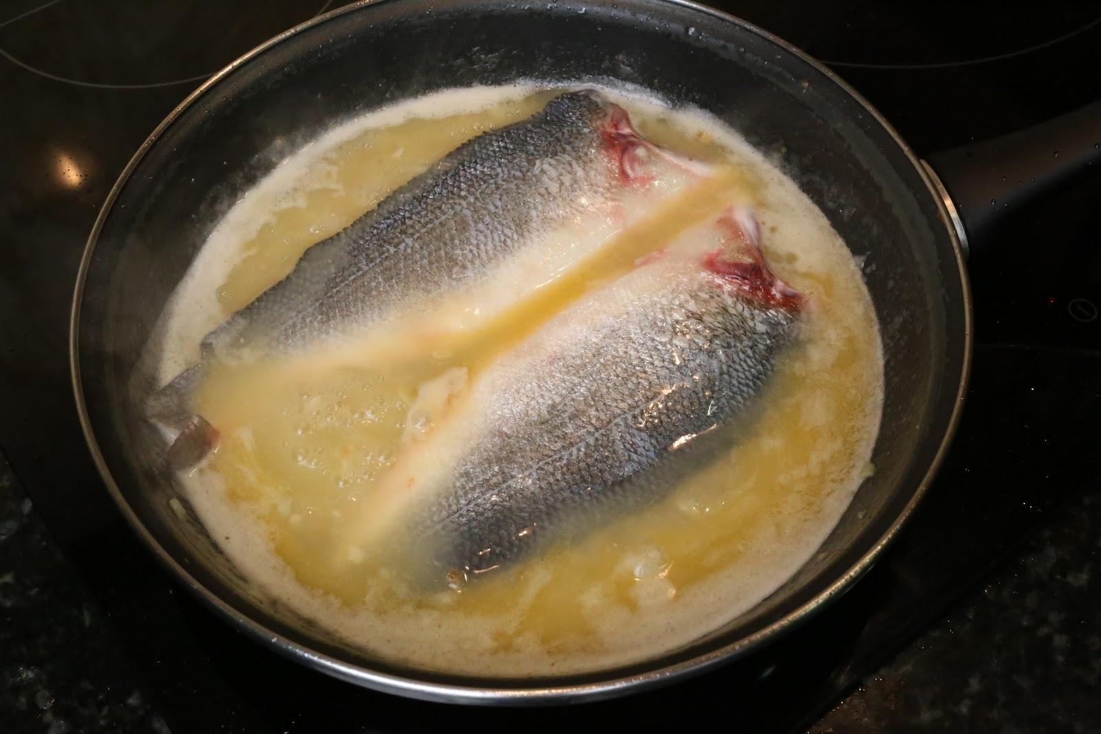 Recetas f ciles de cocina para cocinillas lubina en salsa for Salsa para lubina a la sal