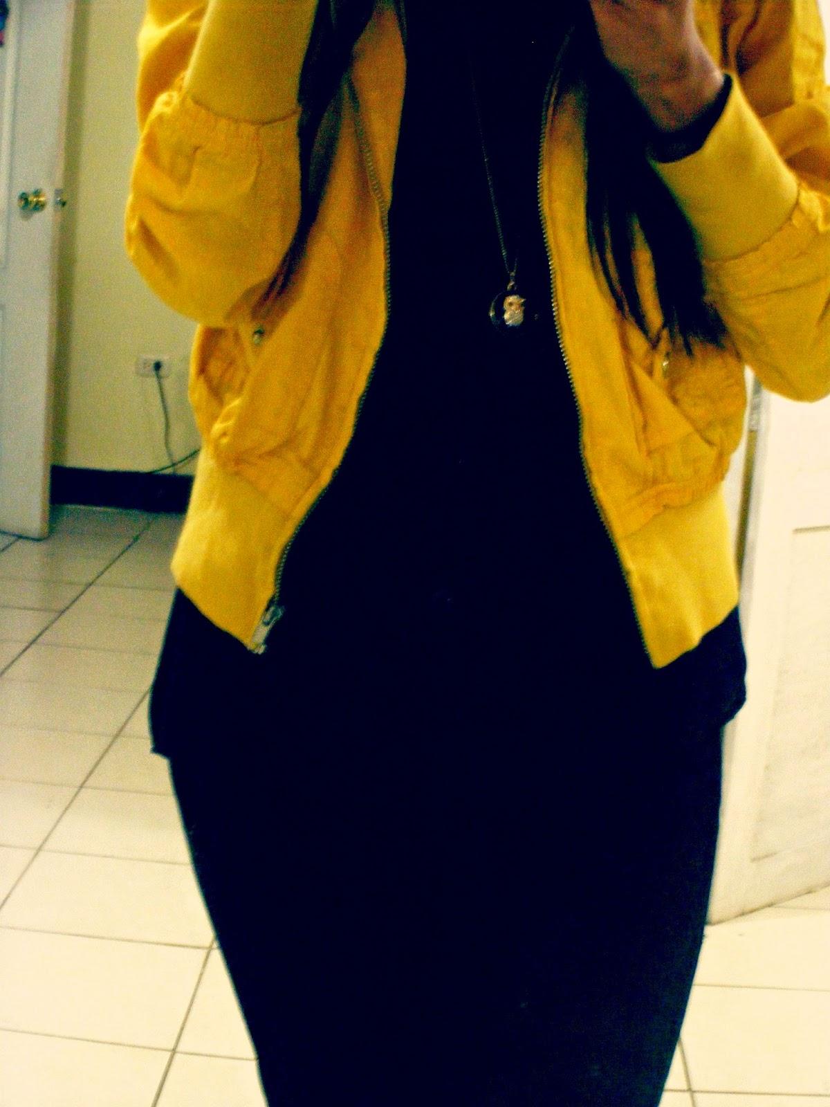 http://outfitdeldia.blogspot.com/2015/02/negro-con-tonos-fluorescentes.html