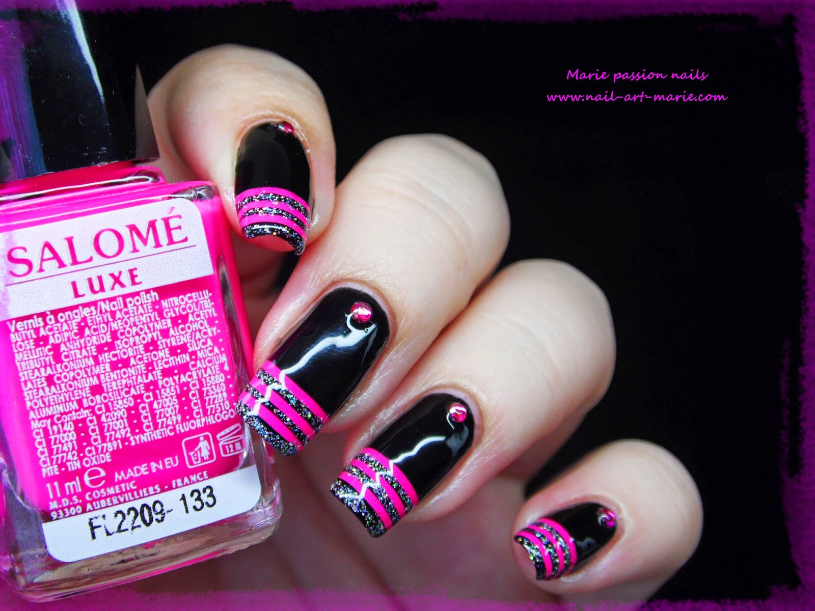 nail art french en rayures fluo2