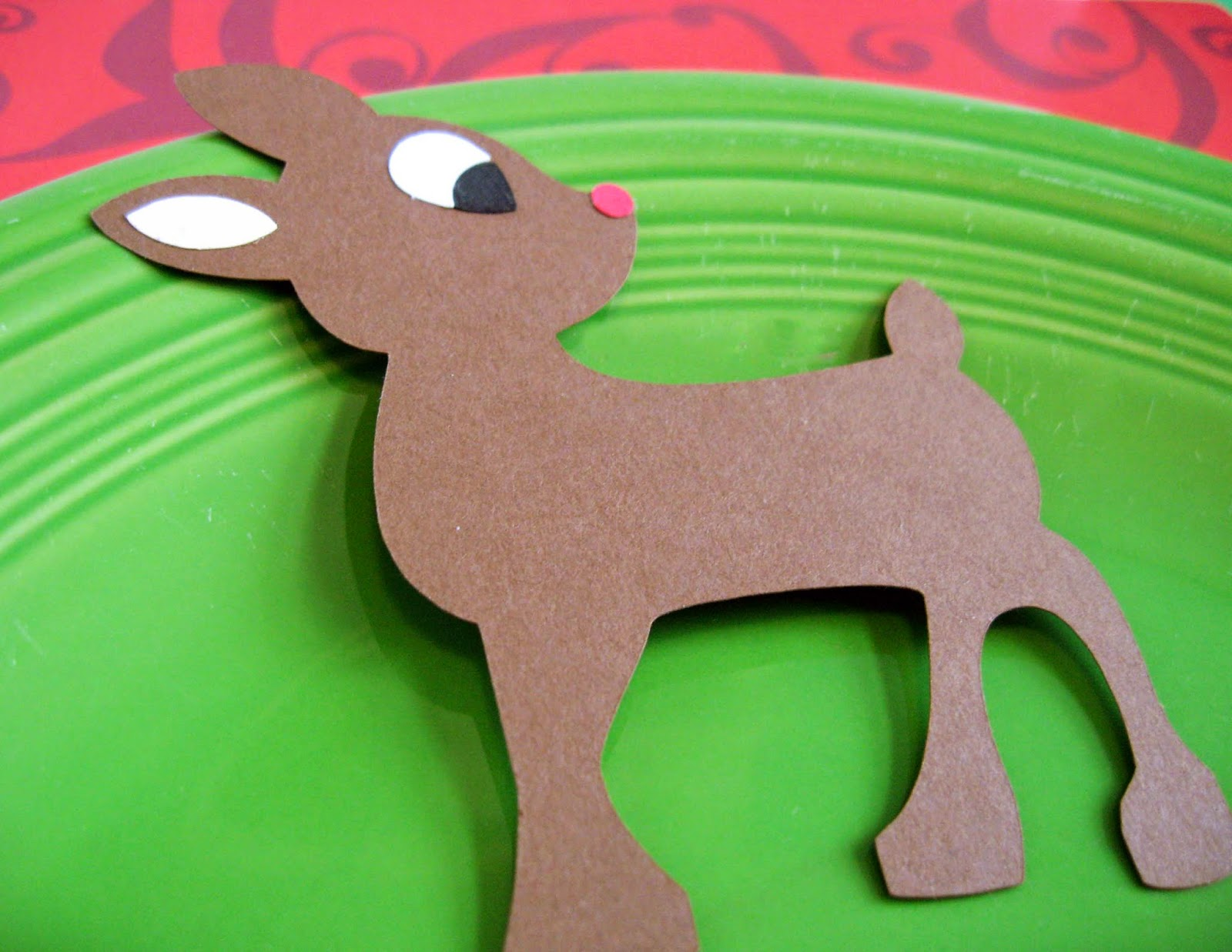 http://www.tiffzippy.com/rudolph-the-reindeer-place-cards/