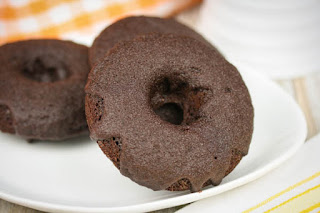 coconut-flour-chocolate-donuts