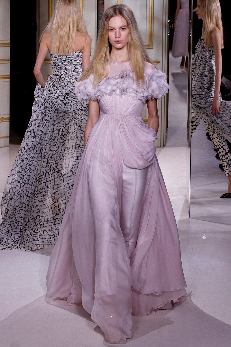 andrea janke finest accessories haute couture giambattista valli spring 2013 couture. Black Bedroom Furniture Sets. Home Design Ideas