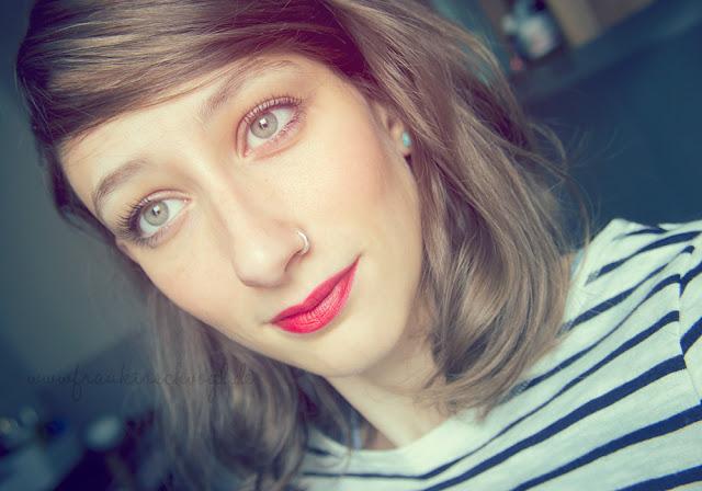mood vintage retro summer hair lipstick red
