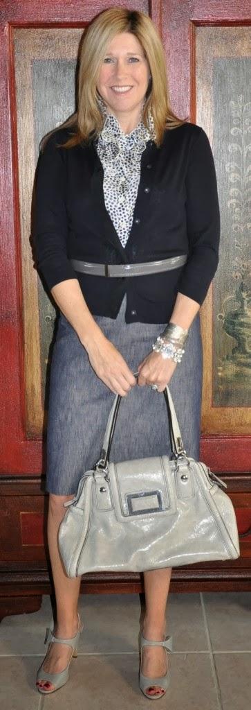 Black cardigan print top gray skirt gray patent belt
