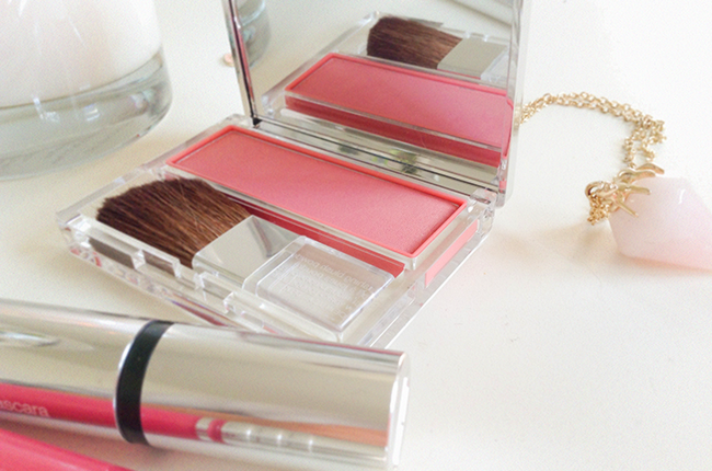 Clinique Blushing Blush Powder Blush Precious Posy review blog