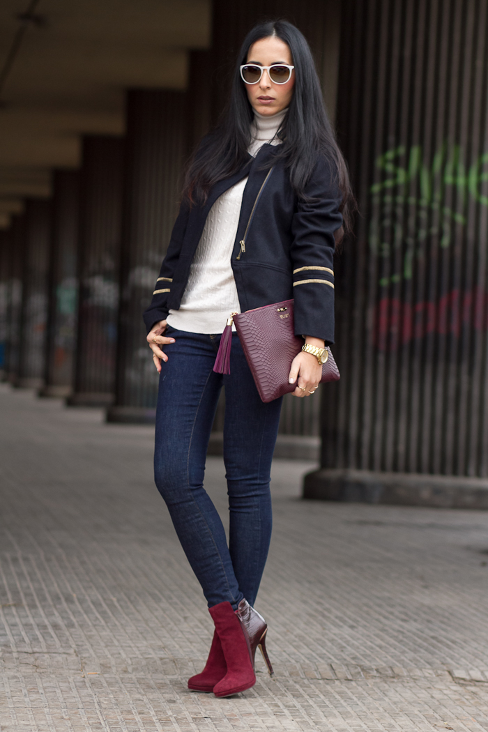 Streetstyle Look with Military Short Coat, Jeans and Burgundy Accessories