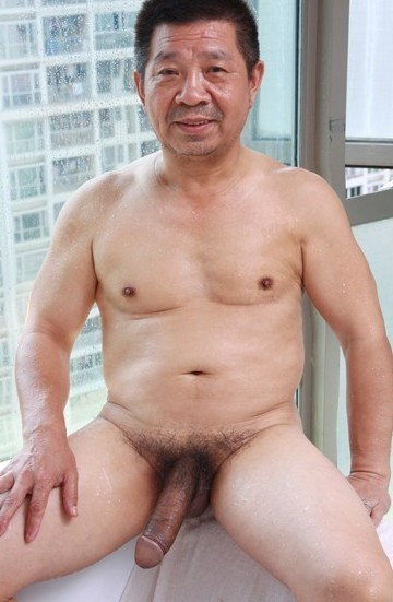 Old chinese men naked