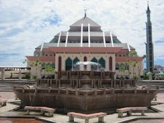 Wisata Religi Mesjid Raya Batam