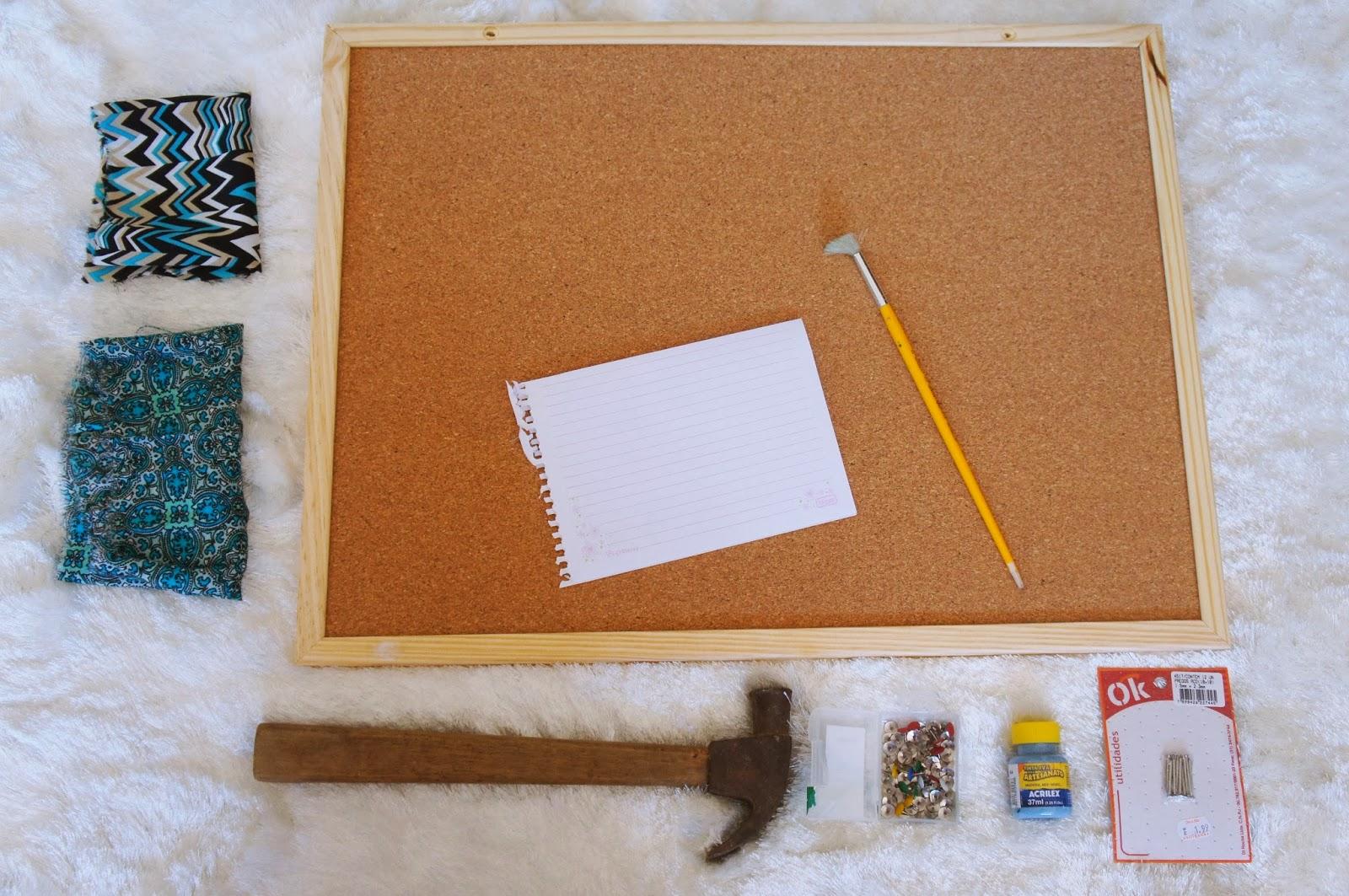 Diy mural de fotos ou recados bom bonito e barato d ris for Como fazer um mural de recados