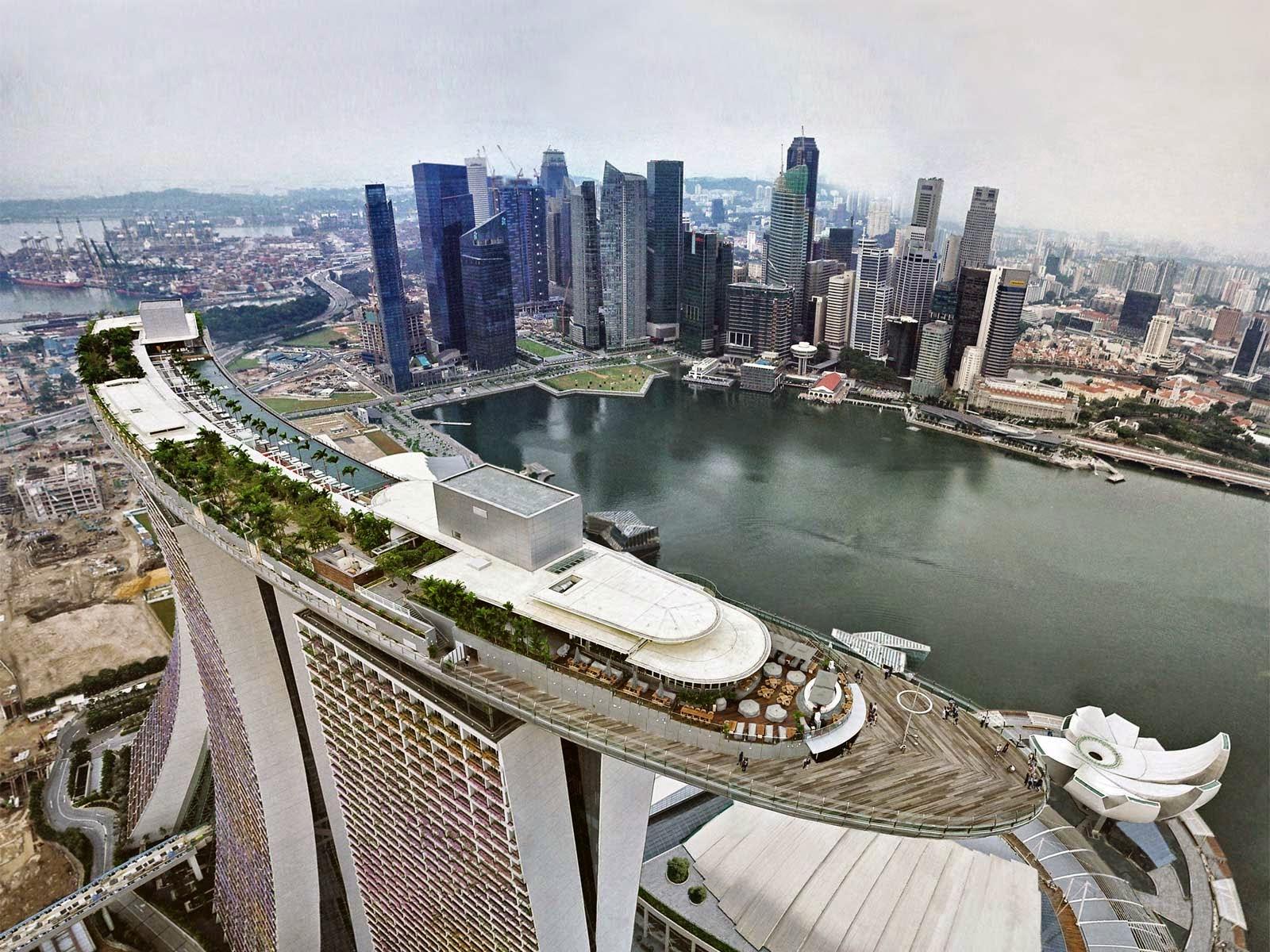 """<img src=""""http://3.bp.blogspot.com/-JOjRVF7TTrk/U5ibBiRf-lI/AAAAAAAAAN8/Q56e-xr8u1Q/s1600/SINGAPORE.jpg"""" alt=""""Richest Countries in the World"""" />"""