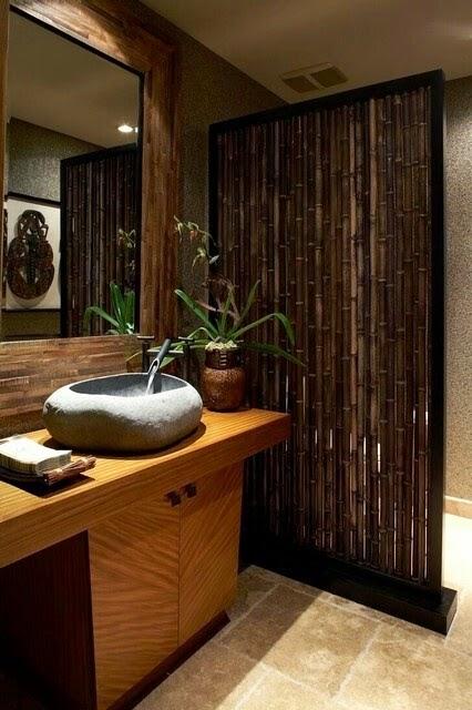 Inspirasi Kamar Mandi Bermaterial Bambu