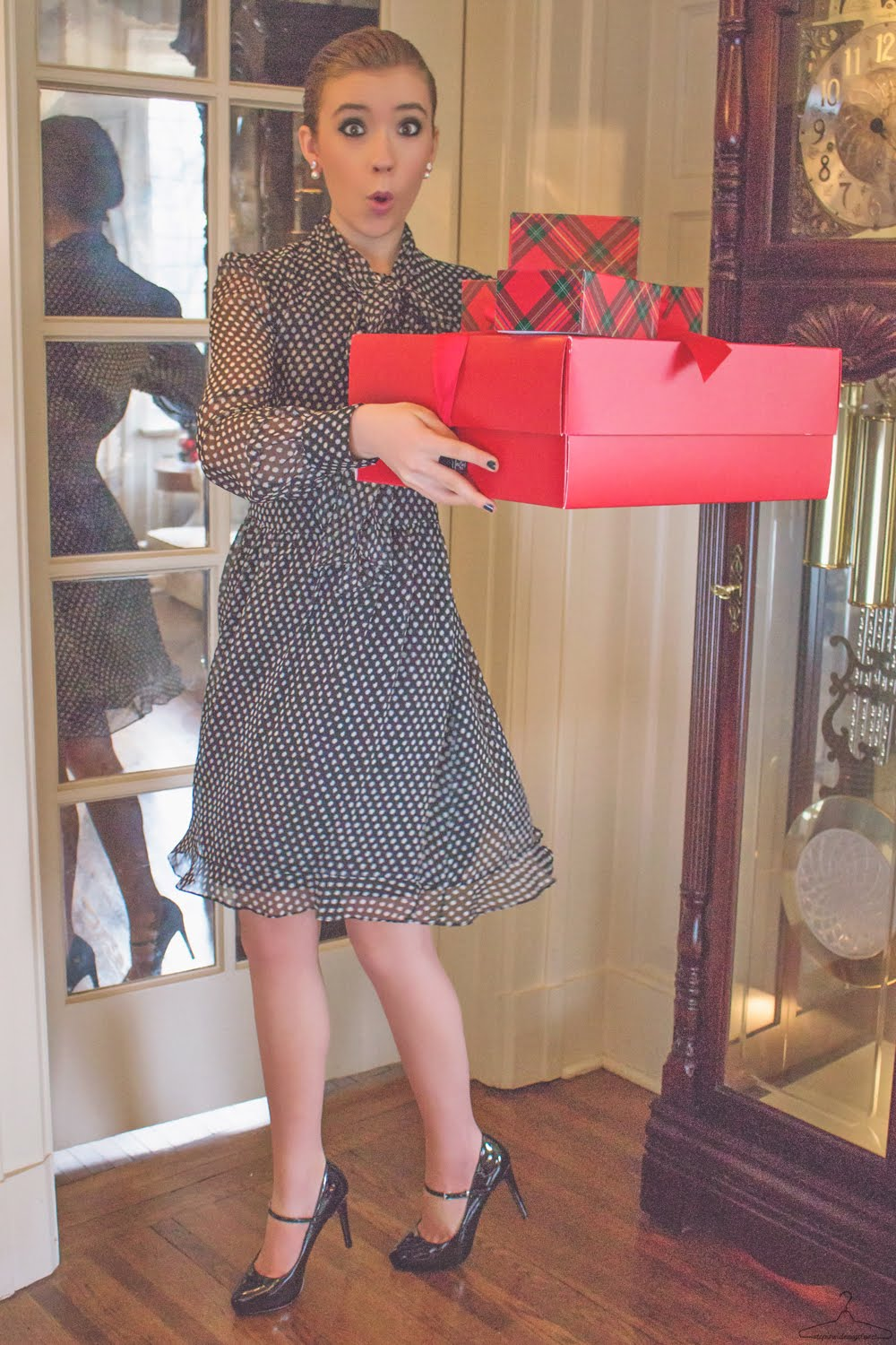 Step Inside My Closet - The Night Before Christmas - Chanel, DVF, lucky, outfit ideas, The Shopping Bag,