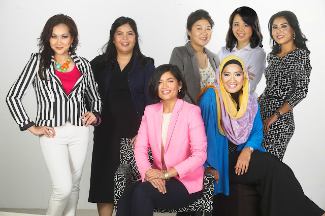 ntv7 Management Team (Standing L-R) – Nawar Deress (Manager, Public Relations & Social Media, ntv7 & 8TV), Andrea Chong (Manager, Brand Management Group, ntv7), Alice Ang (Manager, Brand Management Group, ntv7), Lai Cheah Yee (Manager, Brand Management Group, ntv7), Izra Azliana (Manager, Brand Communications, ntv7)…(Seated L-R) – Airin Zainul (Group General Manager, ntv7 & 8TV), Emilya Ab Rahim (General Manager, Brand Management Group, Brand Communications, Special Projects & Events, ntv7)