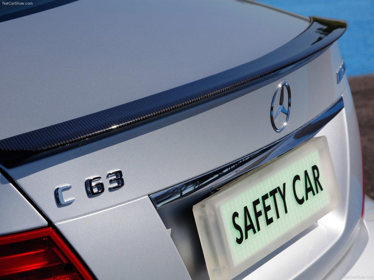 http://3.bp.blogspot.com/-JP8ueUK-l5c/Tbl_MifZxqI/AAAAAAACNek/8O-hR7sXFeM/s1600/Mercedes-Benz-C63_AMG_DTM_Safety_Car_2011_1280x960_wallpaper_07.jpg