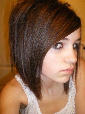 Model Rambut EMO HAIR CUT - Gaya rambut pendek emo