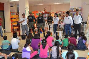 En labores de proximidad, Fuerza Civil brinda consejos a niños de Coatzintla