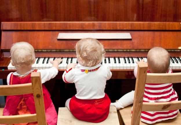 И музыкального создаются в семье