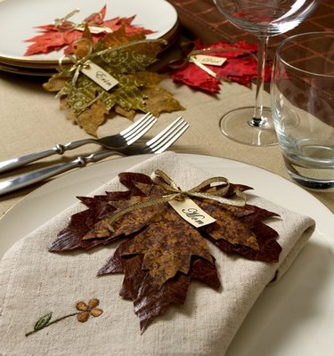 Diy Scissor Cut Fabric Leaves For Your Thanksgiving Table