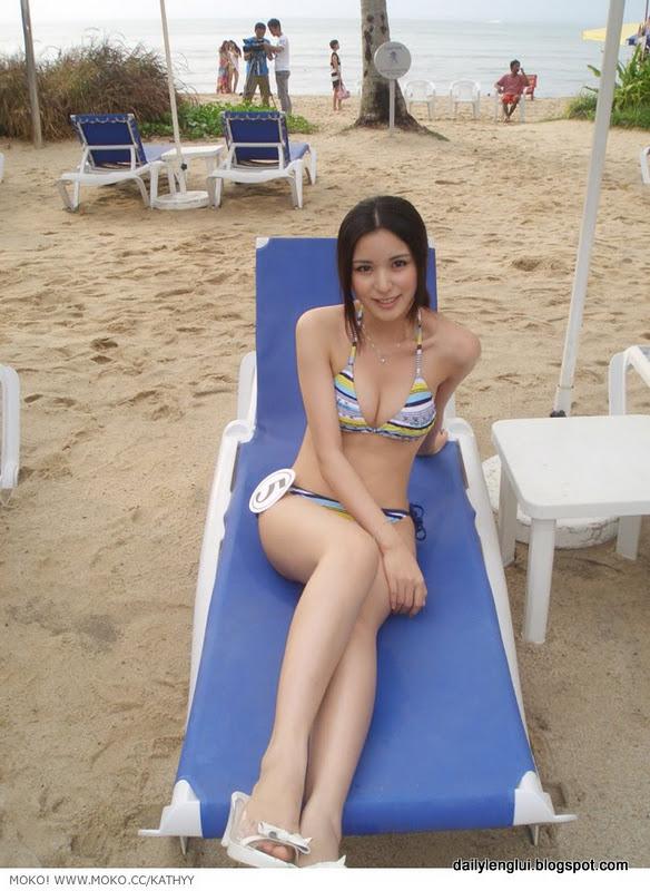 Kathy Yang Qian Qian 杨茜茜  Hot Bikini