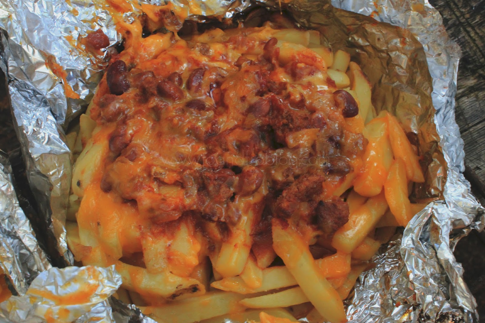 campfire chill cheese fries