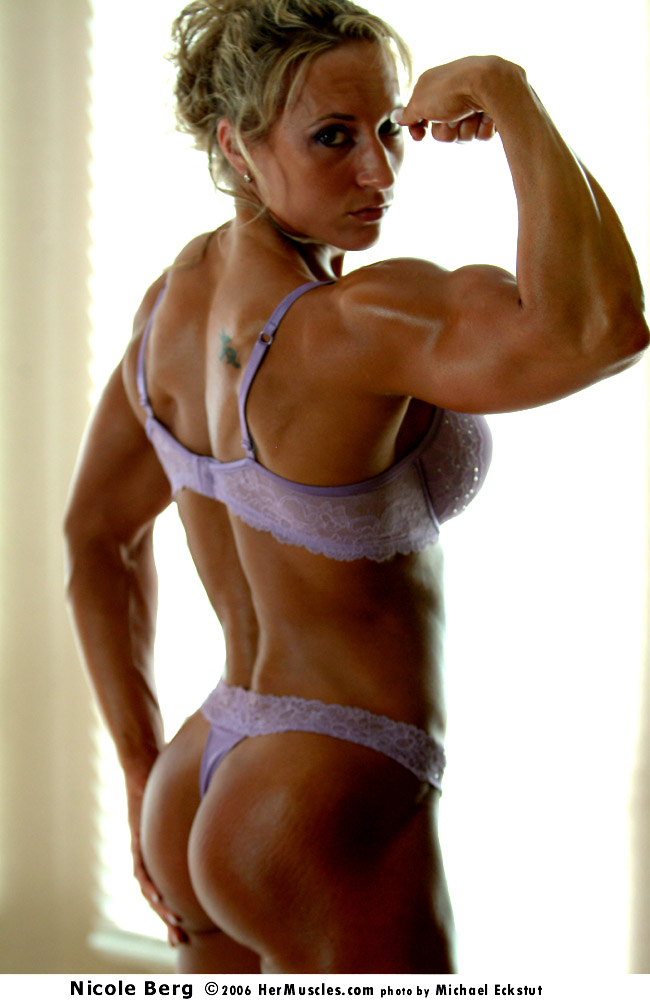 Female Bodybuilder Nicole Berg