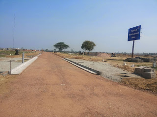 Golf Country, Yamuna Expressway :: Construction Status on July 2014:-Roads for plot